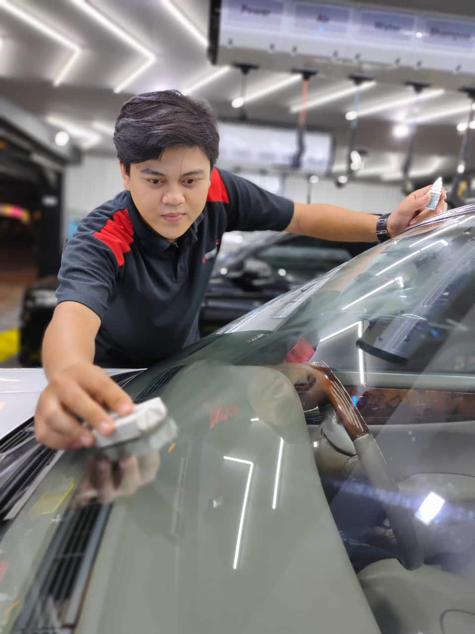 perawatan kaca mobil dengan glassfusion